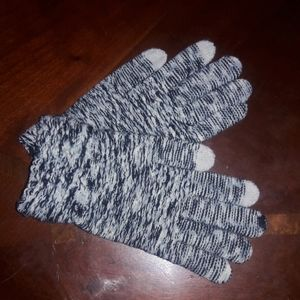 Toby and me nwot gloves black white touch screen